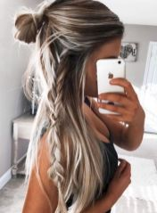 Lovely 15+ Fabulous Women's Long Hair Hairstyles Ideas for Your Easy Going Summe...