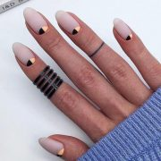 24 Cute Designs For Oval Nails To Rock Anywhere - Madoline D - #Cute #Designs #M...