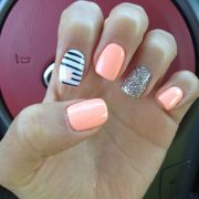 Coral nails with heart                                                       … pin.2elci.com Best Nails Pin