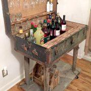Suitcase Decor - Unusual Home Decor Ideas - #Antique #...